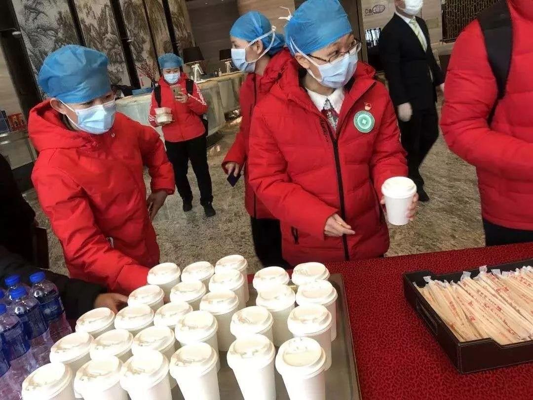 武汉的「医护酒店」:倒闭都没关系,先把疫情扛过去