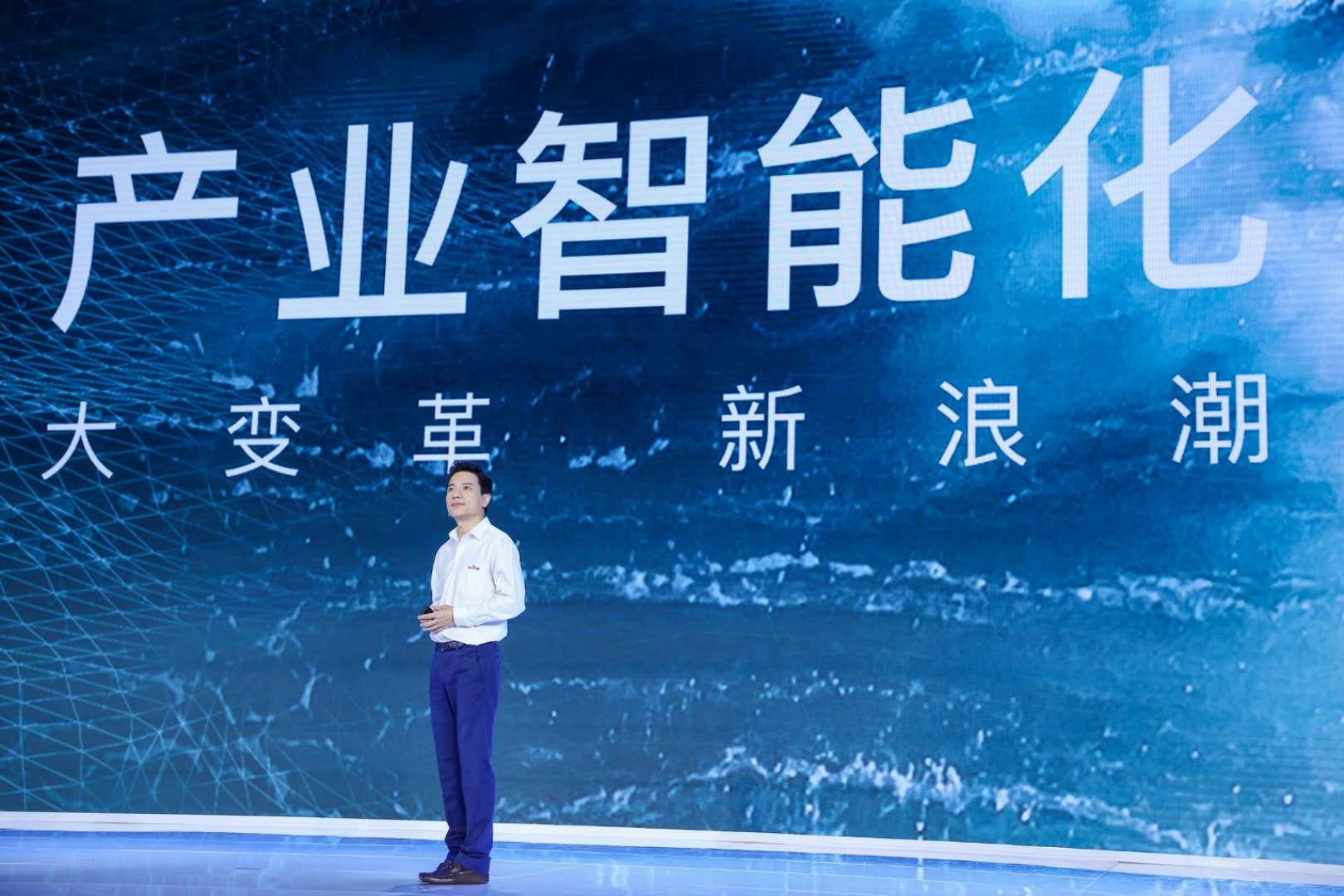 拉开下一个智能化大幕:李彦宏和他的AI创世纪